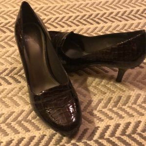 Alex Marie brown patent leather loafers heels